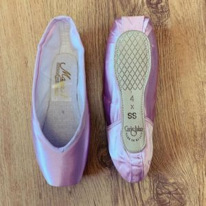 vegan pointe shoes coloured colour vegan pointes grishko grishkos